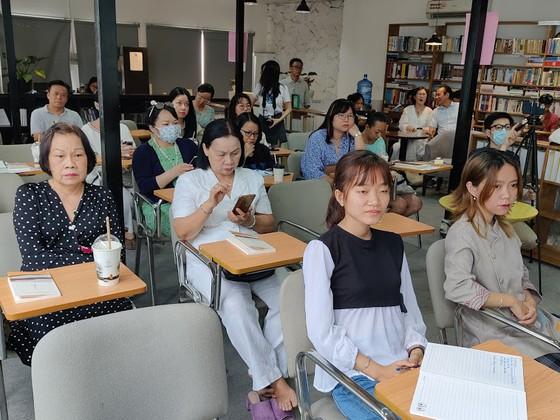 """""""Lụa"""": Kiệt tác văn chương từ cuộc gặp gỡ giữa phương Tây và phương Đông   ảnh 3"""