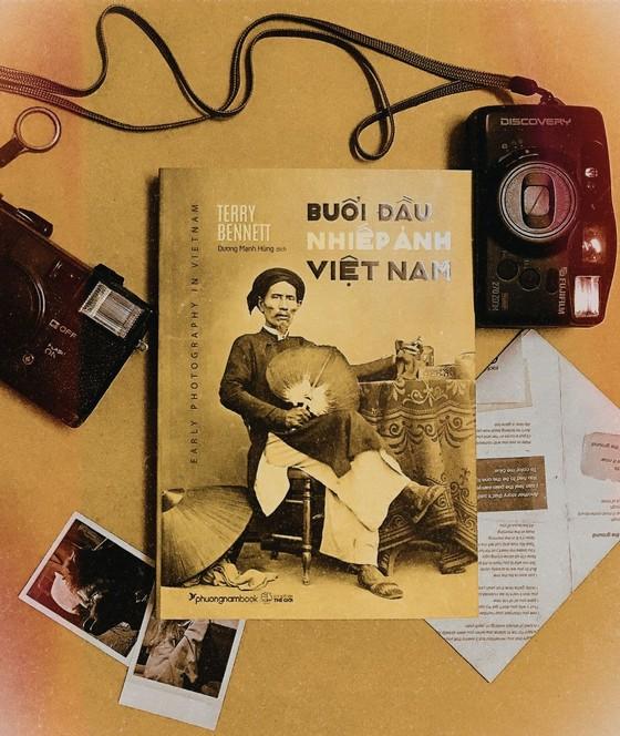 Khám phá kho tư liệu ảnh đồ sộ và quý hiếm từ 'Buổi đầu nhiếp ảnh Việt Nam' ảnh 1