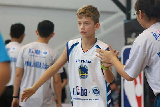 Chương trình JR. NBA Việt Nam: Hơn 8.000 thanh thiếu niên từ 200 trường đăng ký tham dự ảnh 2