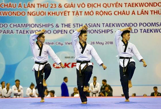 Việt Nam giành 2 HCV tại Giải vô địch quyền Taekwondo châu Á 2018 ảnh 1