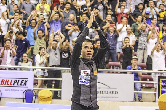 Trần Quyết Chiến (hạng 18 TG) lần đầu vô địch Biliards thế giới. Ảnh: Dũng Phương