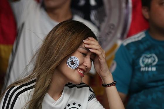 """CĐV tuyển Đức tại TPHCM """"sốc"""" khi đội nhà bị loại khỏi World Cup ảnh 2"""