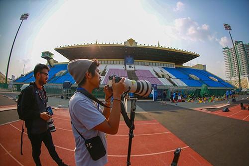 Phóng viên Indonesia do thám tuyển U22 Việt Nam tập trước trận bán kết ảnh 1