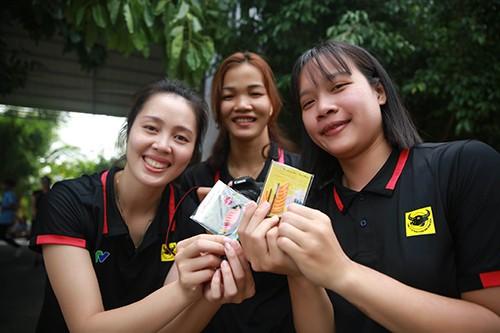 Khoảnh khắc thư giãn của các cô gái bóng chuyền cùng trò chơi dân gian Việt Nam ảnh 10