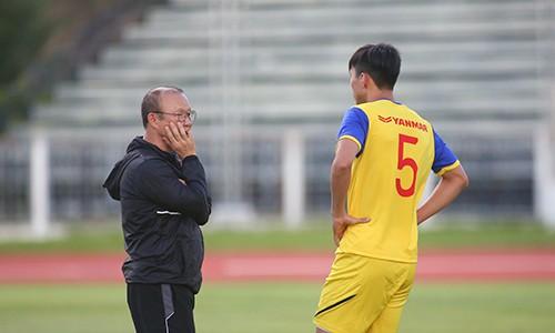 Các tuyển thủ Việt Nam thả lỏng chờ trận chung kết với Cuaracao ảnh 8