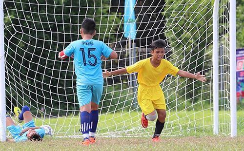 Giải bóng đá thiếu nhi Bà Rịa - Vũng Tàu 2019: Cầu thủ Lê Thái Vũ ghi đến 21 bàn thắng ảnh 2