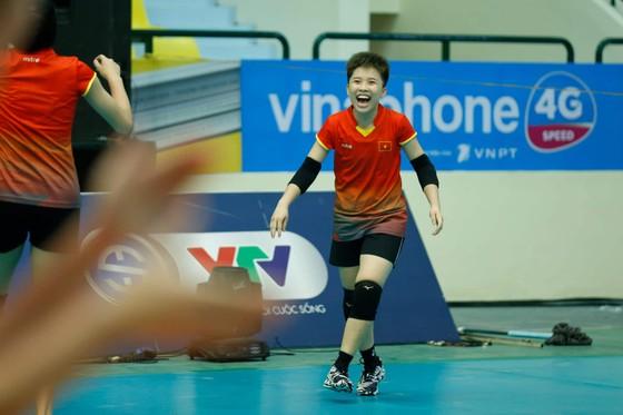 Đội tuyển nữ Việt Nam thoải mái tinh thần trước VTV Cup 2019 ảnh 6