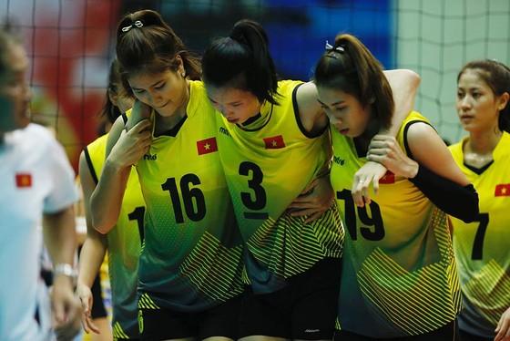 Chủ công Thanh Thuý chấn thương, tuyển Việt Nam vẫn giành vé vào bán kết ảnh 2