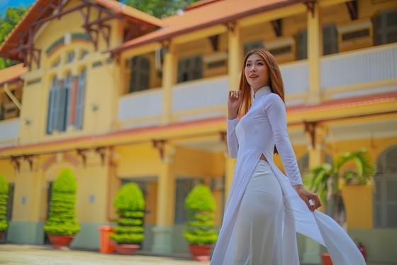 Nữ cử nhân bóng chuyền đại diện Việt Nam thi Miss Tourism World 2019  ảnh 4