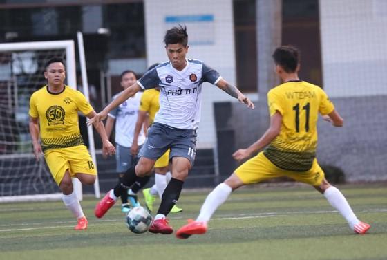 """Giải bóng đá 7 người vô địch toàn quốc 2019: Nhiều """"cao thủ """" góp mặt ảnh 4"""
