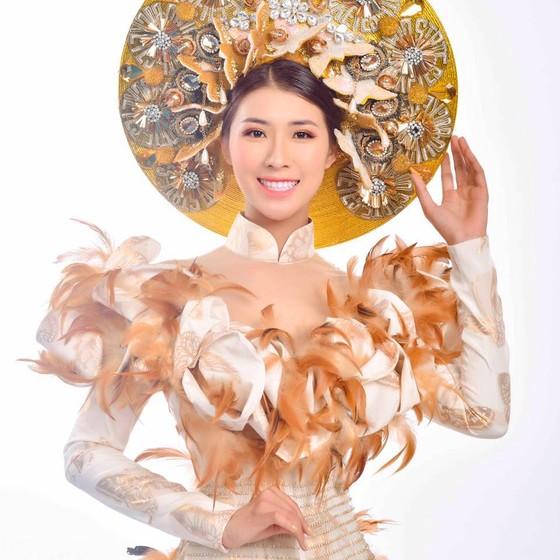 Người đẹp bóng chuyền Tường Vy đạt danh hiệu Hoa hậu Du lịch Thế giới 2019 được yêu thích nhất.