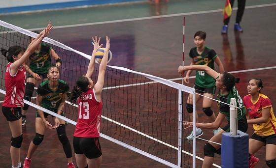 """Giải bóng chuyền trẻ toàn quốc 2019: VTV Bình Điền Long An """"hạ"""" Quảng Ninh vào bán kết ảnh 1"""