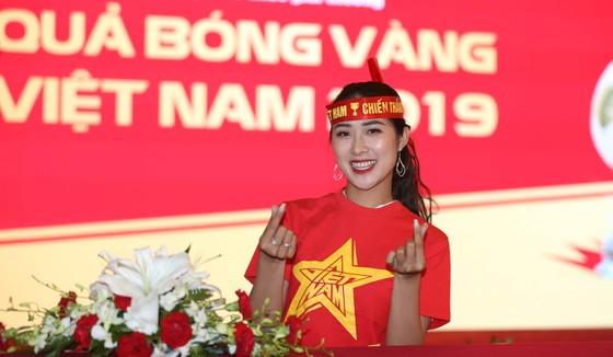 Bật mí dàn người đẹp dự đoán trận trận Việt Nam gặp Thái Lan  ảnh 2