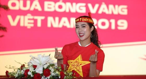 Bật mí dàn người đẹp dự đoán trận trận Việt Nam gặp Thái Lan  ảnh 4