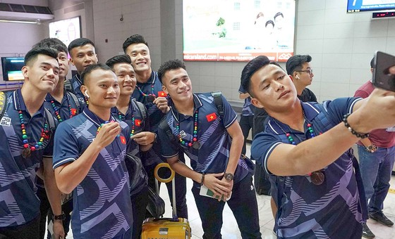 U22 Việt Nam và nữ Việt Nam tới Philippines quyết săn vàng SEA Games ảnh 7