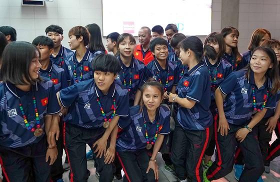 U22 Việt Nam và nữ Việt Nam tới Philippines quyết săn vàng SEA Games ảnh 10