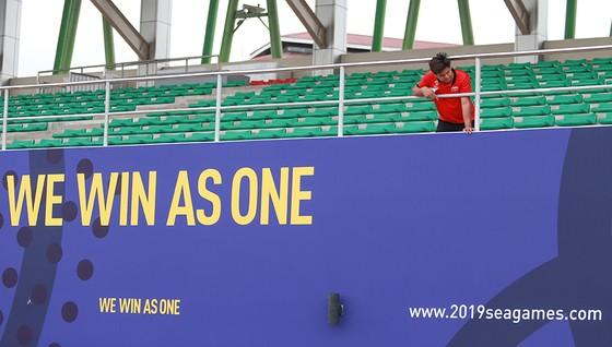 U22 Việt Nam đá 3 trận vòng bảng ở sân Binan chỉ có 1 khán đài ảnh 2