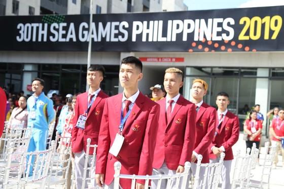Lễ thượng cờ 'hoành tráng' của đoàn thể thao Việt Nam tại SEA Games 30 ảnh 2