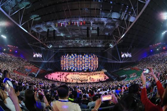 Lễ khai mạc SEA Games 30 diễn ra hoành tráng ảnh 13