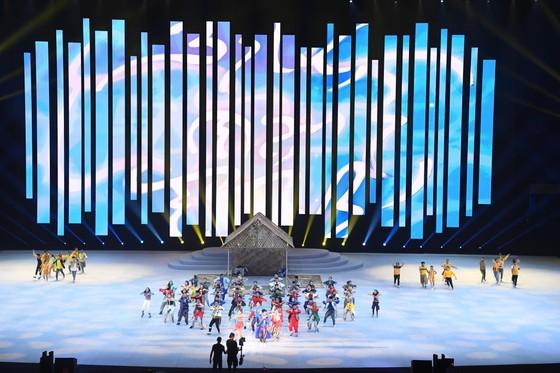 Lễ khai mạc SEA Games 30 diễn ra hoành tráng ảnh 9