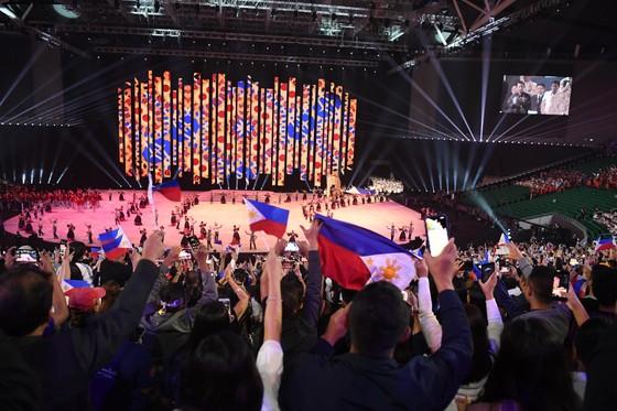 Lễ khai mạc SEA Games 30 diễn ra hoành tráng ảnh 5