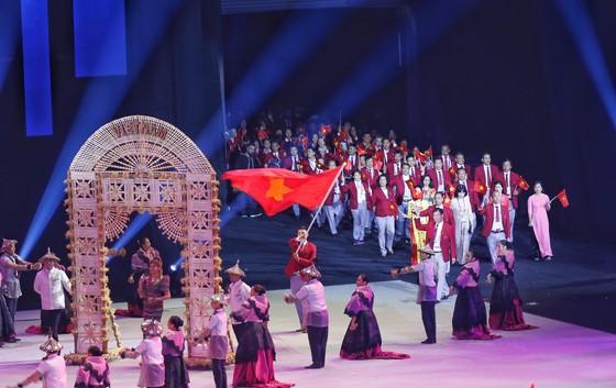 Lễ khai mạc SEA Games 30 diễn ra hoành tráng ảnh 6