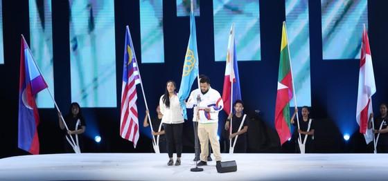 Lễ khai mạc SEA Games 30 diễn ra hoành tráng ảnh 11