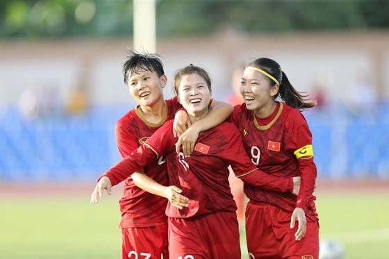 Tuyển nữ Việt Nam không còn cô đơn ở bán kết SEA Games ảnh 1