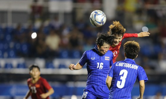 Tuyển nữ Việt Nam được hứa thưởng hơn 13 tỷ đồng sau SEA Games 30 ảnh 1