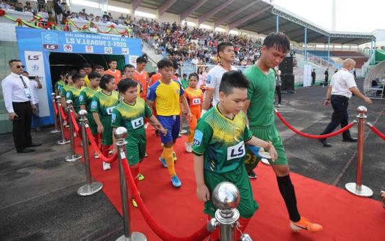 Giải hạng nhất Quốc gia 2020:     Chủ nhà Bình Định giành chiến thắng bốn sao ảnh 2