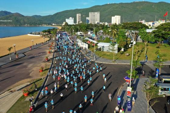 Giải Marathon Quy Nhơn 2020 đặt an toàn đường đua là trên hết. Ảnh: Nhật Anh