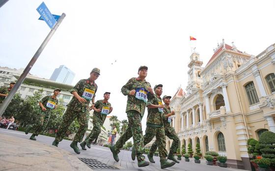 Sôi động giải chạy việt dã chào mừng Kỷ niệm 44 năm Ngày TPHCM chính thức mang tên Bác ảnh 5