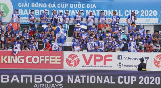 Bóng đá Việt Nam rộn ràng ngày trở lại ảnh 4