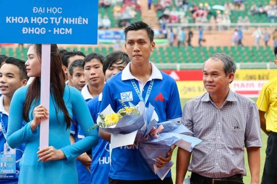 Ấn tượng sân chơi bóng đá sinh viên TPHCM ảnh 3