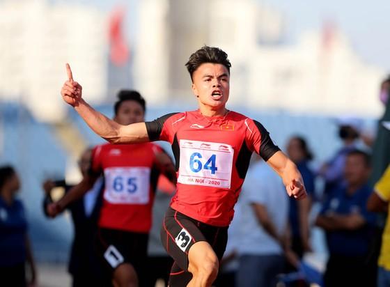 Kết thúc giải vô địch điền kinh Quốc gia 2020: Lê Tú Chinh xuất sắc đoạt 5 HCV ảnh 1