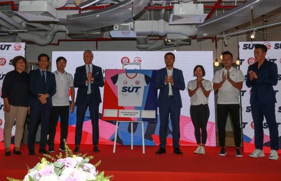 Bóng đá trẻ Việt Nam tiếp cận cách huấn luyện chuyên nghiệp từ giải ngoại hạng Anh ảnh 1
