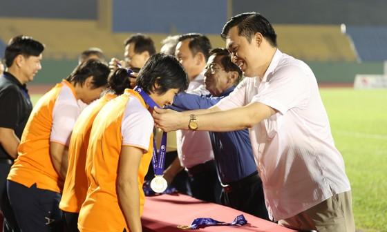 Cô trò Kim Chi 'vô đối' tại các giải đấu quốc nội ảnh 9