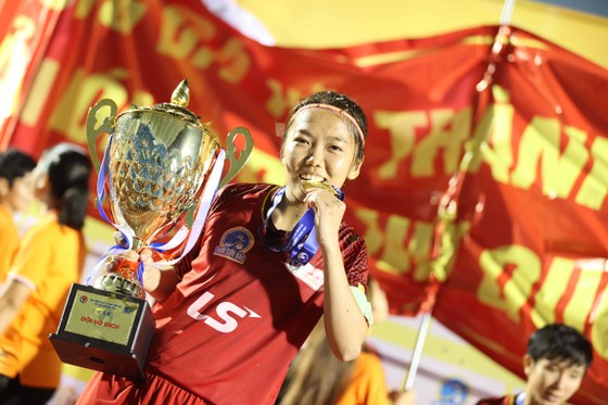 Cô trò Kim Chi 'vô đối' tại các giải đấu quốc nội ảnh 12