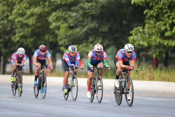 Giải đua xe đạp phong trào TPHCM mừng xuân Tân Sửu 2021: 250 VĐV tham dự ảnh 5