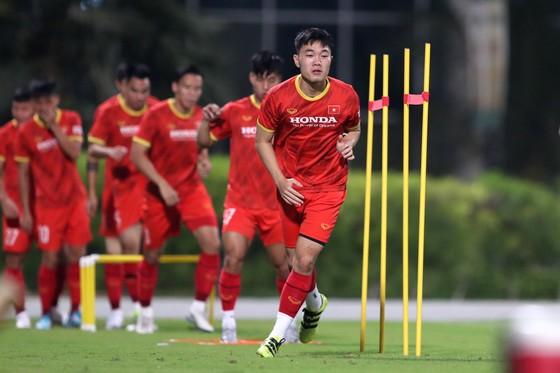 Đội tuyển Việt Nam thoải mái tâm lý trước trận gặp Indonesia ảnh 4
