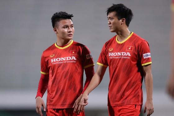 Đội tuyển Việt Nam thoải mái tâm lý trước trận gặp Indonesia ảnh 8