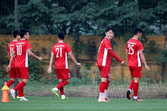 Đội tuyển Việt Nam bình thản chờ Malaysia ảnh 3