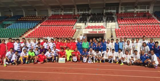 Các cựu cầu thủ họp mặt tưởng niệm 5 năm ngày mất HLV Phạm Huỳnh Tam Lang ảnh 6
