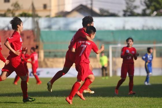 Giải bóng đá nữ VĐQG 2019: Hà Nội áp sát ngôi đầu ảnh 1