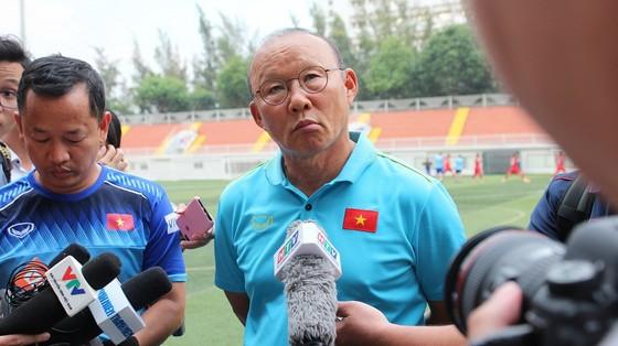 Ông Park hài lòng với những chuẩn bị của U22 Việt Nam. Ảnh: Hữu Thịnh
