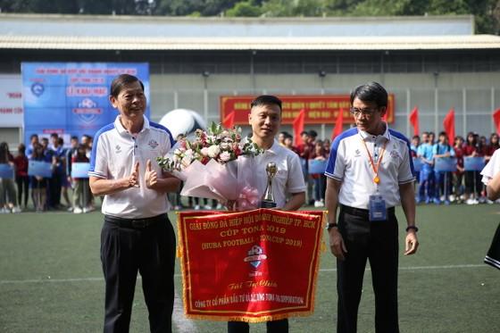 Khởi tranh giải bóng đá Hiệp hội Doanh nghiệp TPHCM ảnh 1