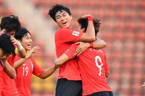 U23 Hàn Quốc chật vật vào bán kết ảnh 1