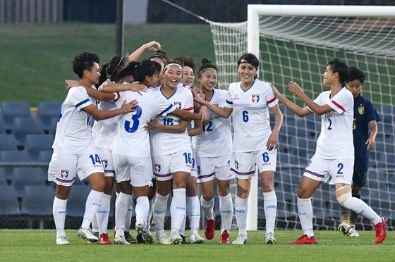 Niềm vui chiến thắng của các cô gái Đài Bắc Trung Hoa