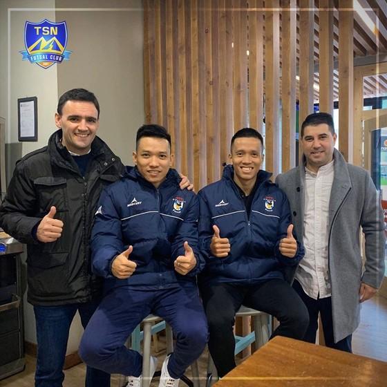 Thái Sơn Nam ký hợp tác với CLB O Parrulo Ferrol FS ảnh 1