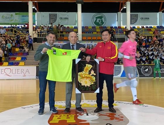 ĐT futsal Việt Nam thi đấu trận đầu tiên tại Tây Ban Nha ảnh 1